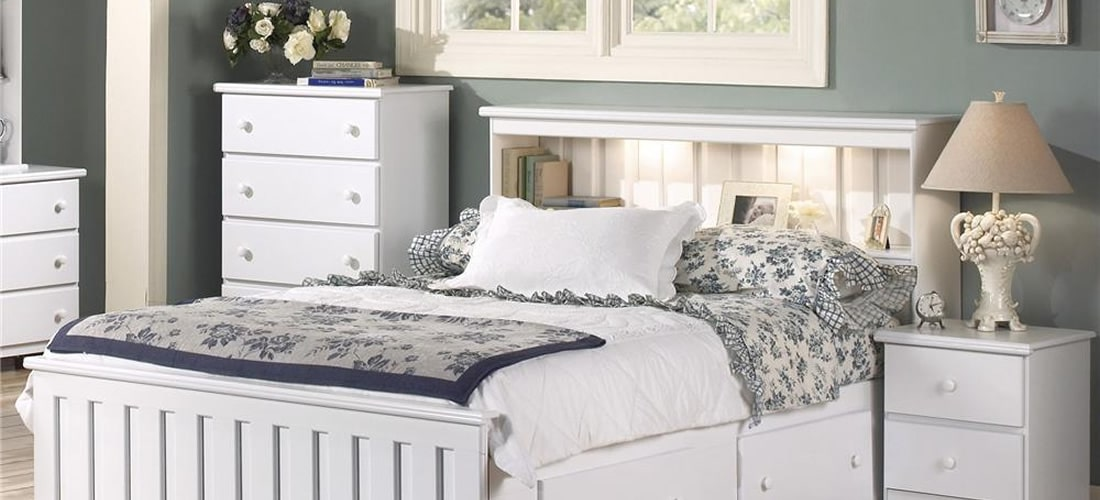 Classic White Bedroom Furniture | Lang Furniture | SHAKER ...